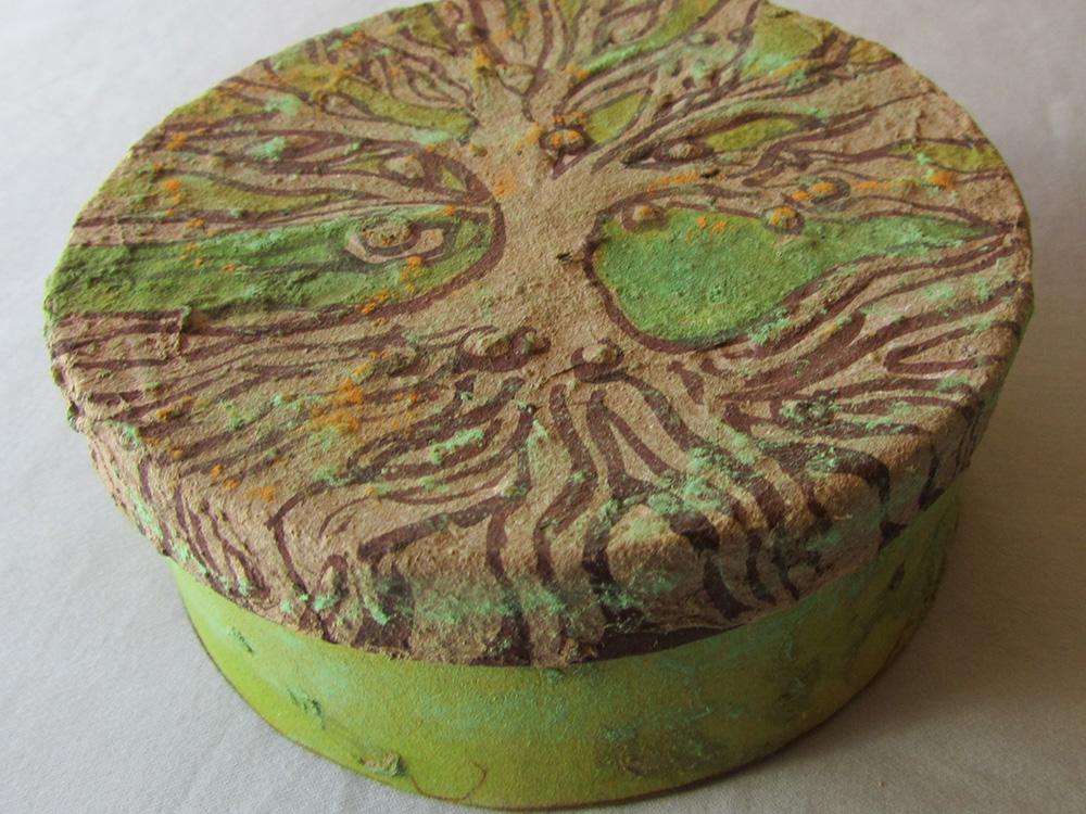 zela-bissett-tree-of-life-box-01